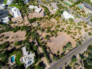 Land lot close to Camelback Mountain
