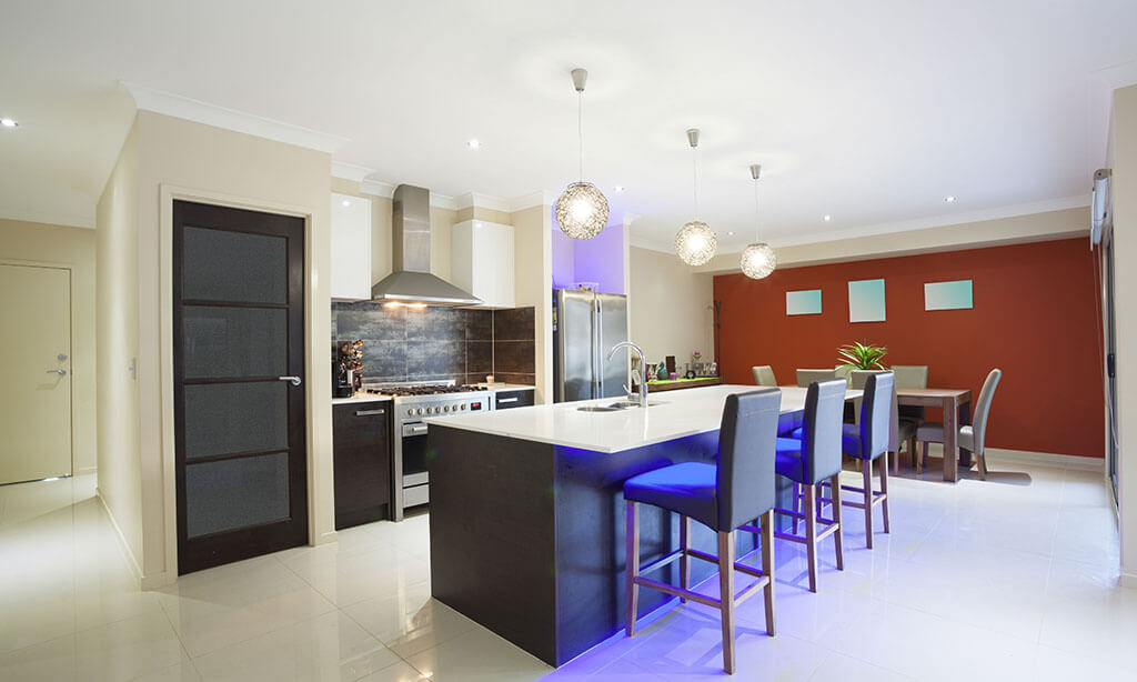 Homes for Sale in Ahwatukee 3 bed 2 bath under $350,000.00